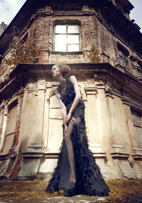 Kaja Werbanowska by Lukasz Pukowiec in Lost Princess in Captivity