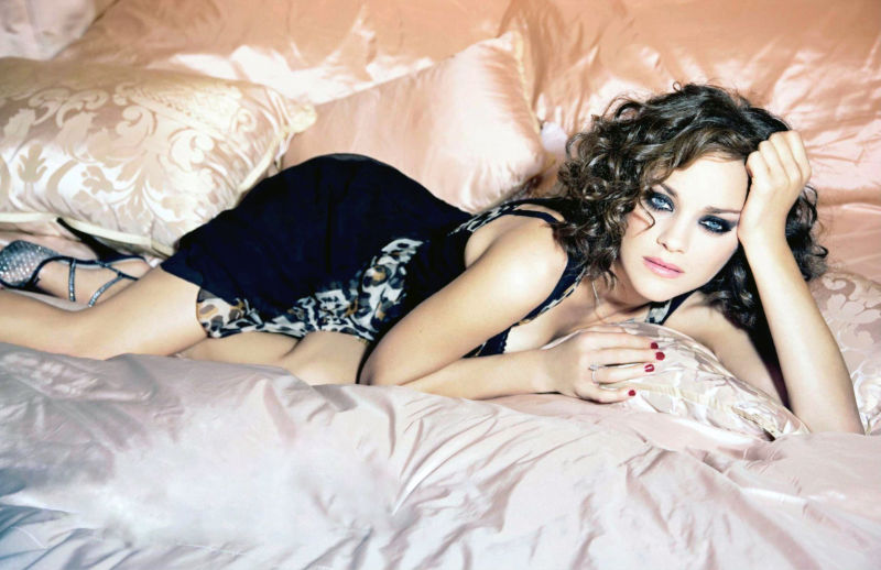 Morning Beauty | Marion Cotillard by Ellen von Unwerth