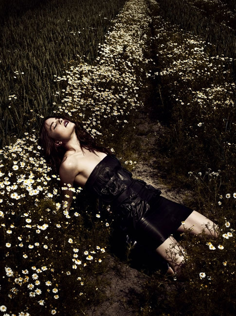 Vanessa Hegelmaier by Jonas Bresnan for Tush Winter 2010
