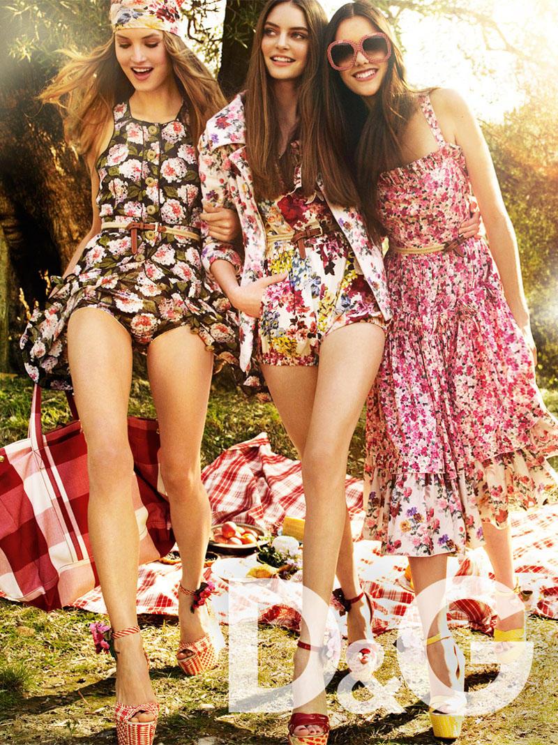 D&G Spring 2011 Campaign | Keke Lindgard & Mariana Idzkowska by Mario Testino