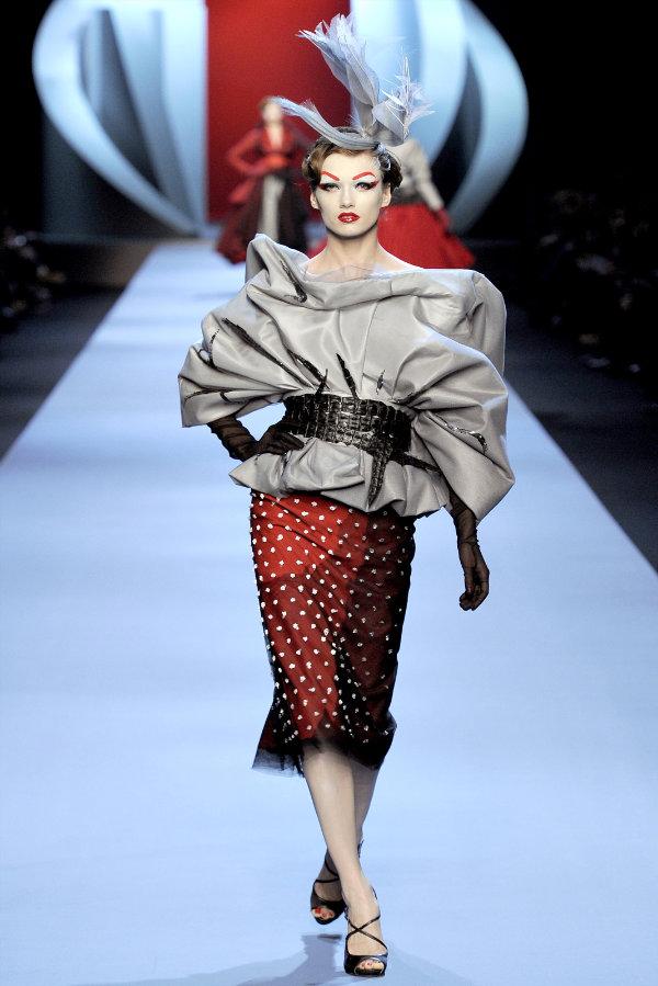 Dior Spring 2011 Couture | Paris Haute Couture