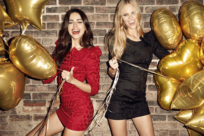 Sisley Spring 2011 Campaign | Marloes Horst & Darla Baker by Terry Richardson