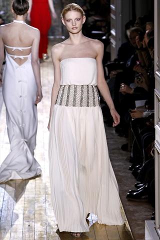 Valentino Spring 2011 Couture | Paris Haute Couture