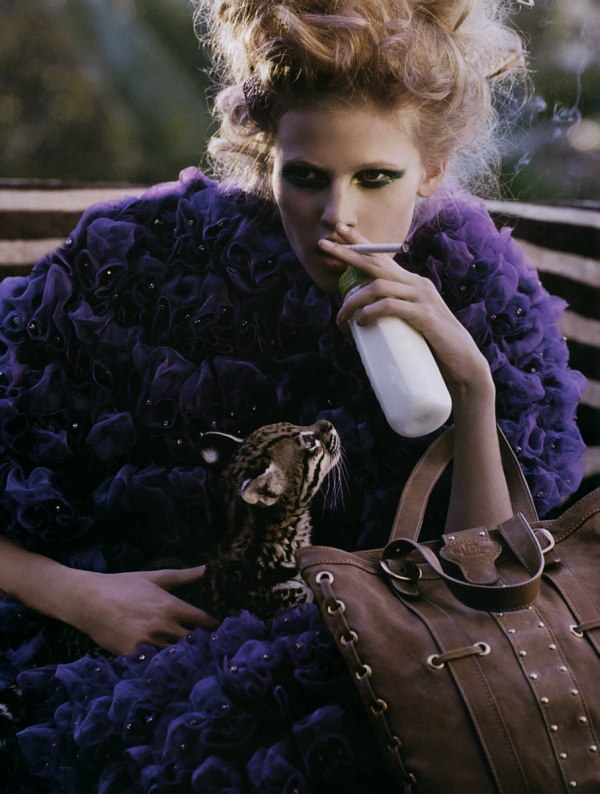 Morning Beauty | Lara Stone by Mark Segal