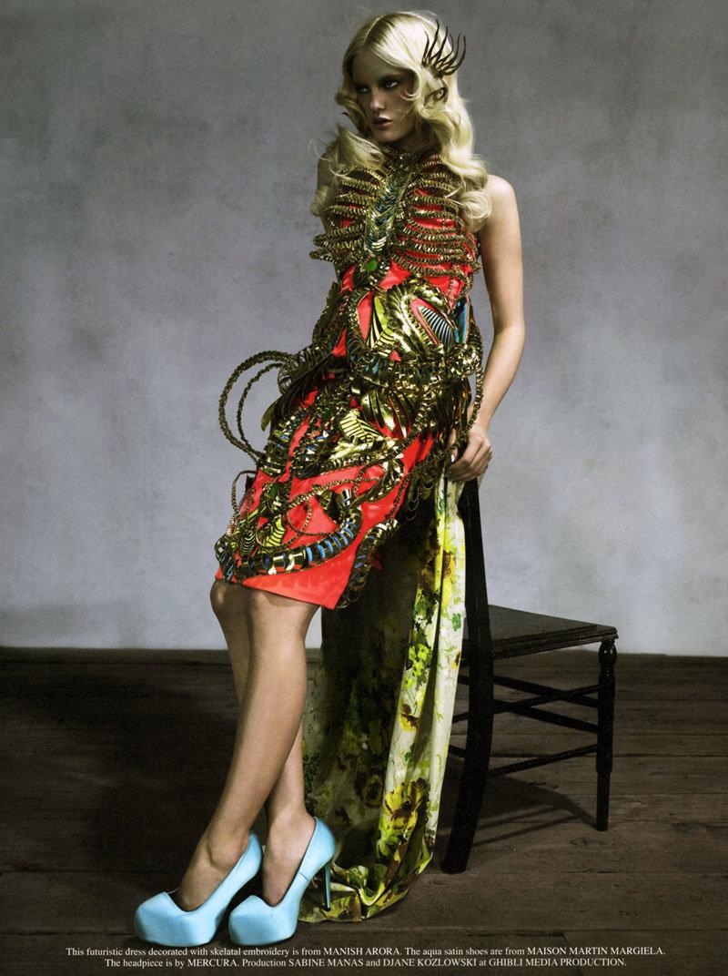 Hannah Holman by Catherine Servel for Grey S/S 2011