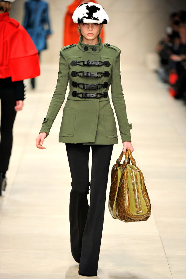 Burberry Fall 2011 | London Fashion Week