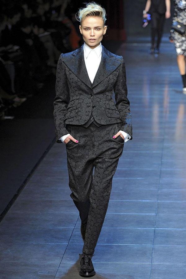 Dolce & Gabbana Fall 2011 | Milan Fashion Week