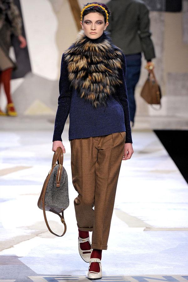 Fendi Fall 2011 | Milan Fashion Week