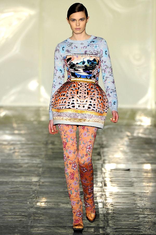 Mary Katrantzou Fall 2011   London Fashion Week
