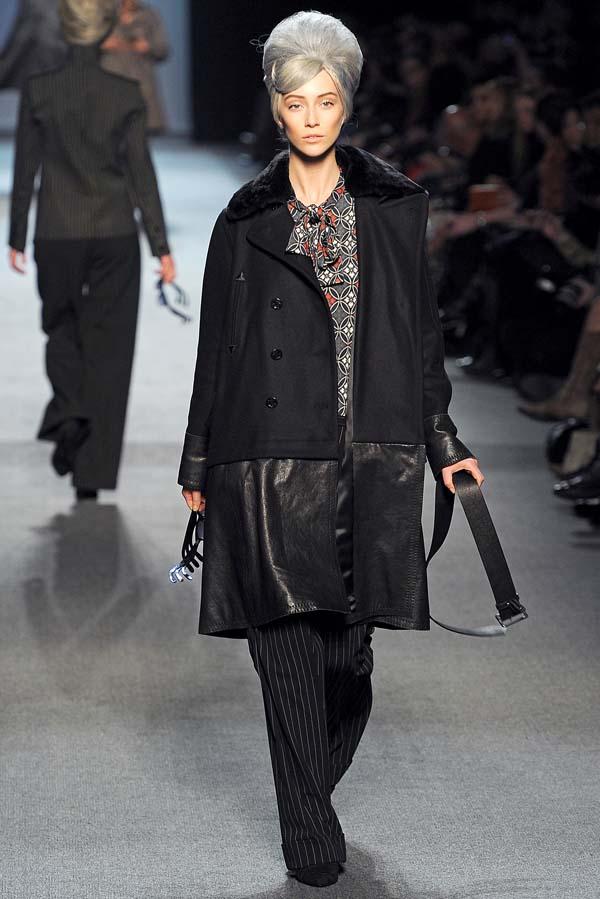 Jean Paul Gaultier Fall 2011 | Paris Fashion Week
