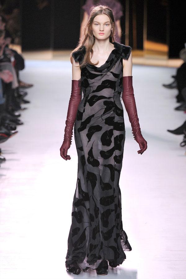 Nina Ricci Fall 2011 | Paris Fashion Week