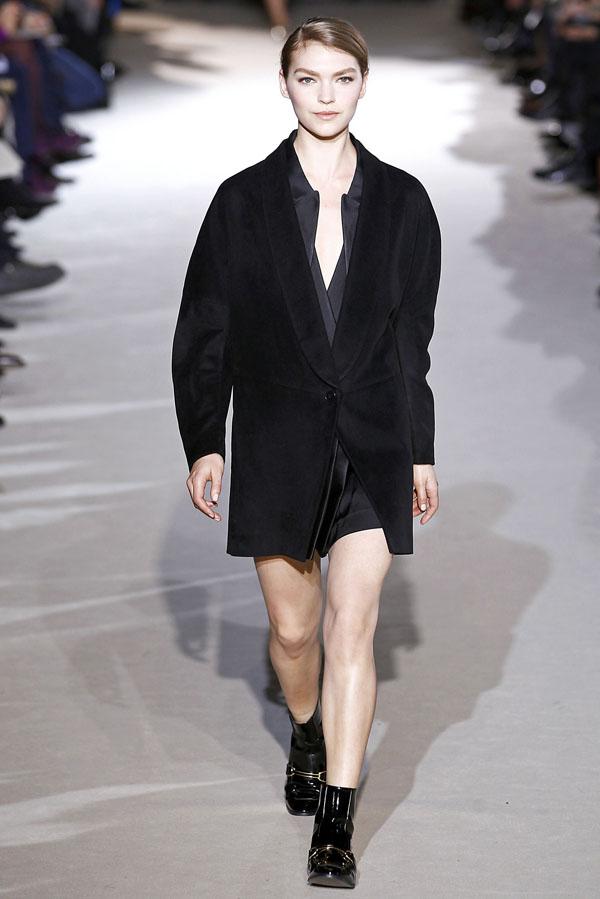 Stella McCartney Fall 2011 | Paris Fashion Week