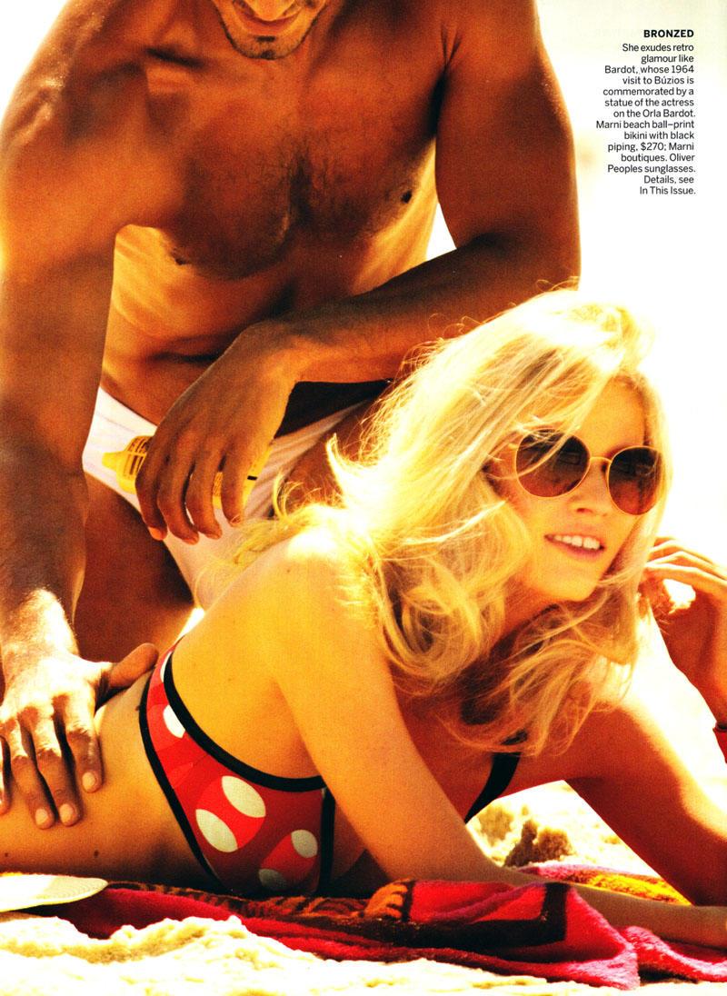 Lara Stone by Mario Testino for Vogue US April 2011