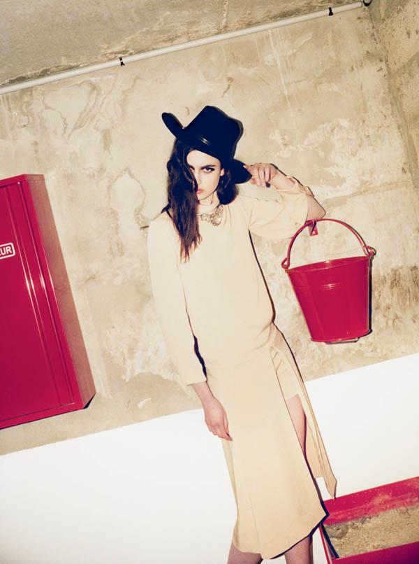 Pauline Van der Cruysse by Arnaud Pyvka for Grey S/S 2011