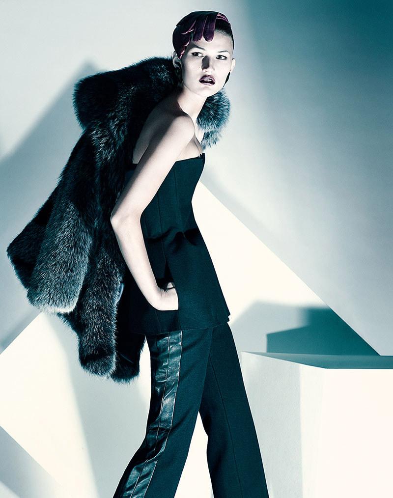 Tara Gill by Chris Nicholls for Elle China November 2011
