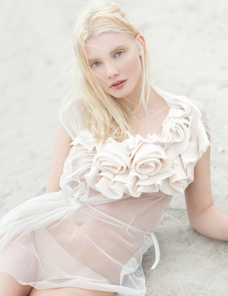 Daria Zhemkova by Paul de Luna for Blank August 2011