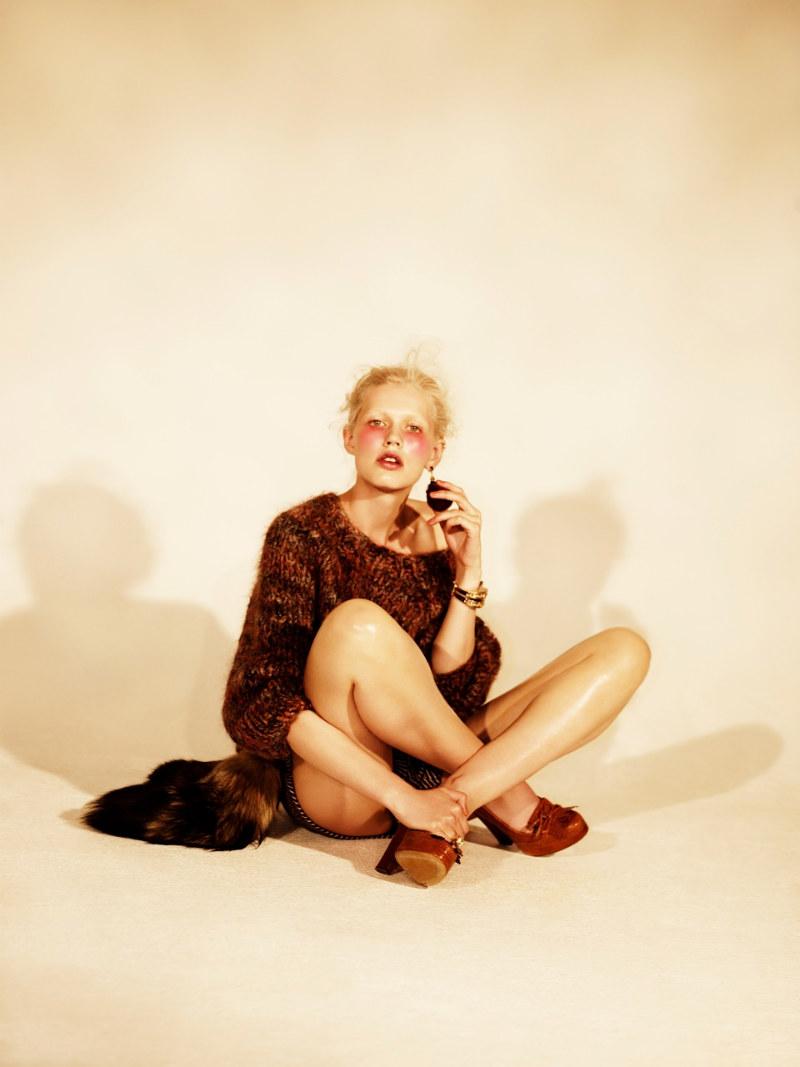 Alys Hale by Paul Farrell for Dossier Journal