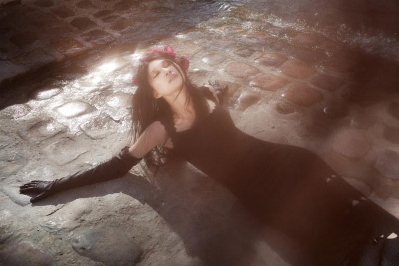 Emma Xie by Paul de Luna for SCMP Style Magazine September 2011