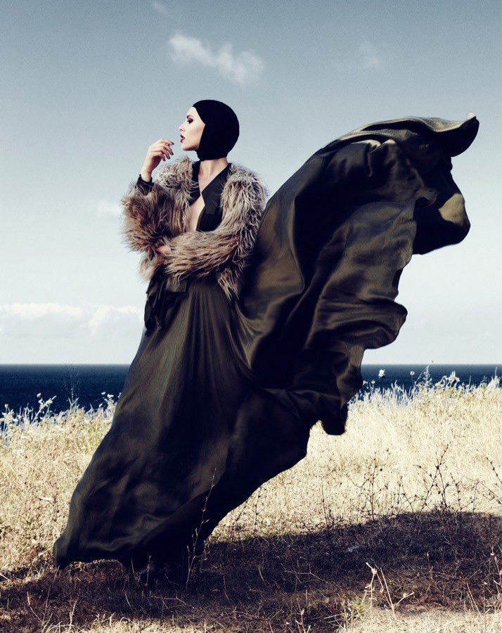 Karin Savkova & Sandra Konieczna by Emre Guven for Marie Claire Turkey September 2011