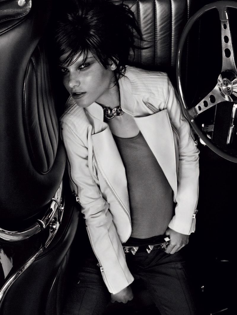 Tati Cotliar Vamps up the Pages of Harper's Bazaar Brazil June 2012