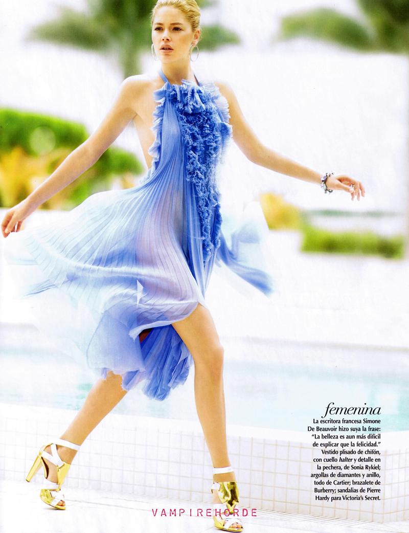 Doutzen is a Natural Beauty in Vogue Mexico