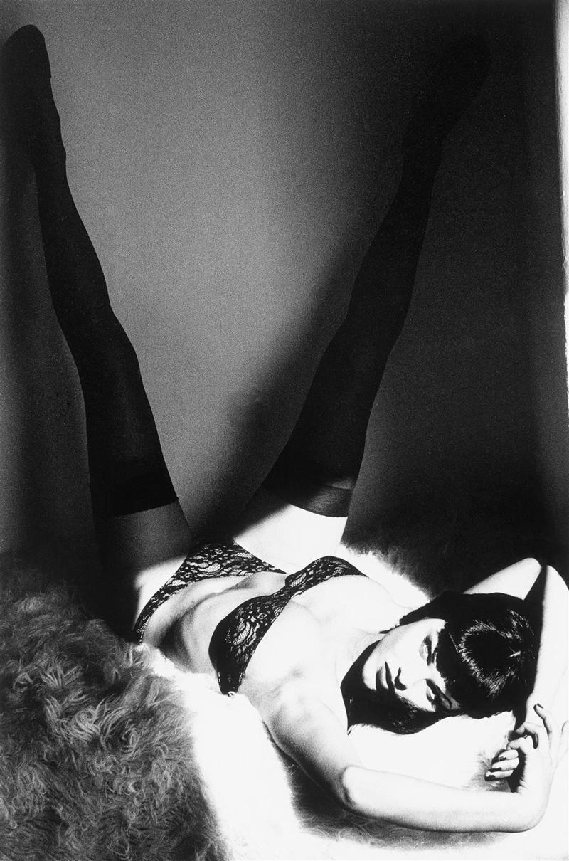 Eva Herzigova by Ellen von Unwerth | Back to Betty
