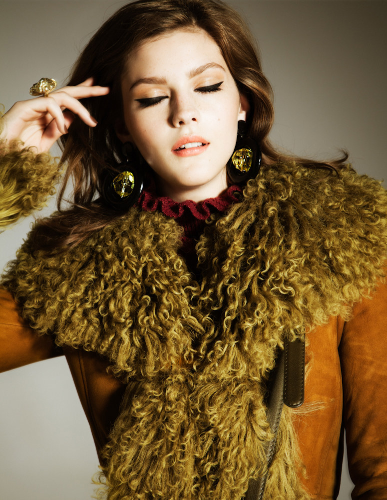 Amber Anderson by Hicham Riad for Elle Belgium October 2011