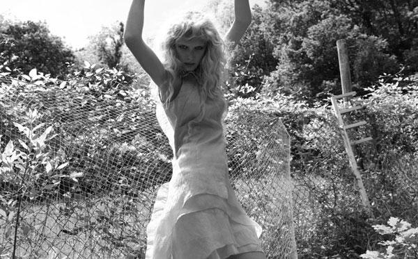 Morning Beauty | Romina Lanaro by Cecile Bortoletti