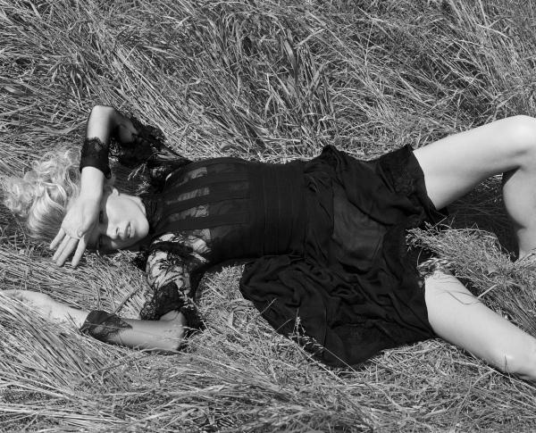 Morning Beauty | Eva Herzigova by Liz Collins