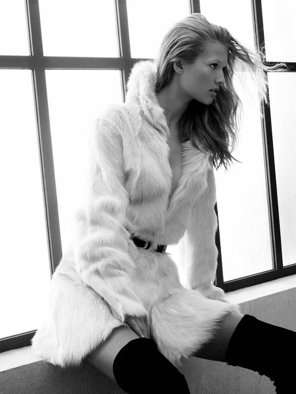 Campaign | Toni Garrn for Zara Fall 2009 by David Sims