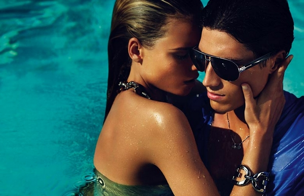 Campaign | Natasha & Snejana for Gucci Cruise 2010 by Mert & Marcus