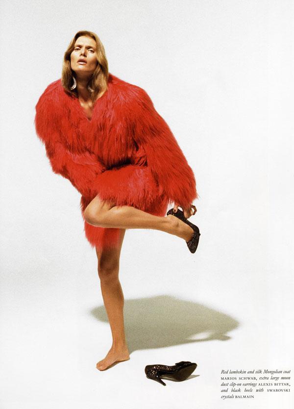 Malgosia Bela in Purple Fashion by Katja Rahlwes