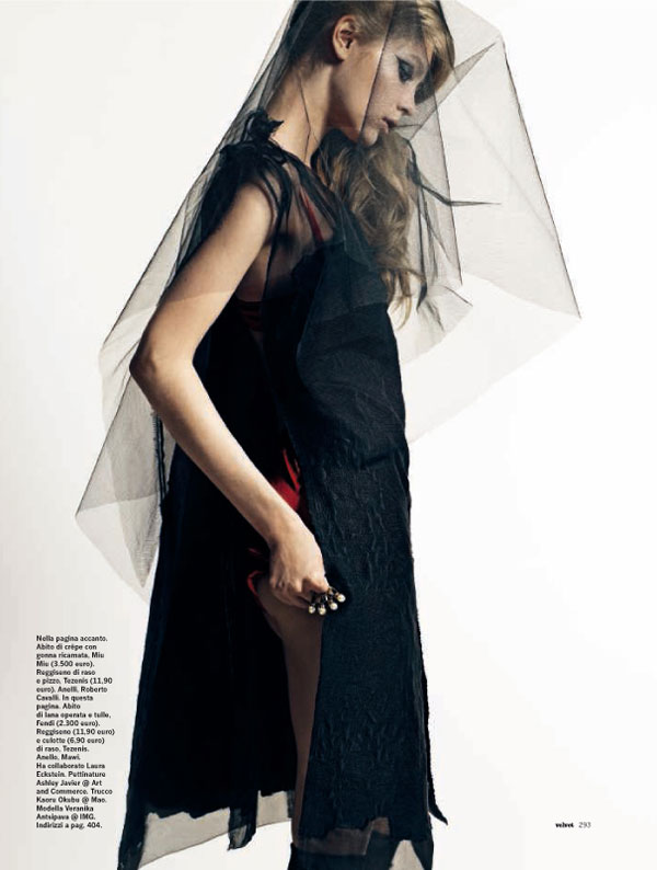 Veronika Antsipava by David Slijper for Velvet October