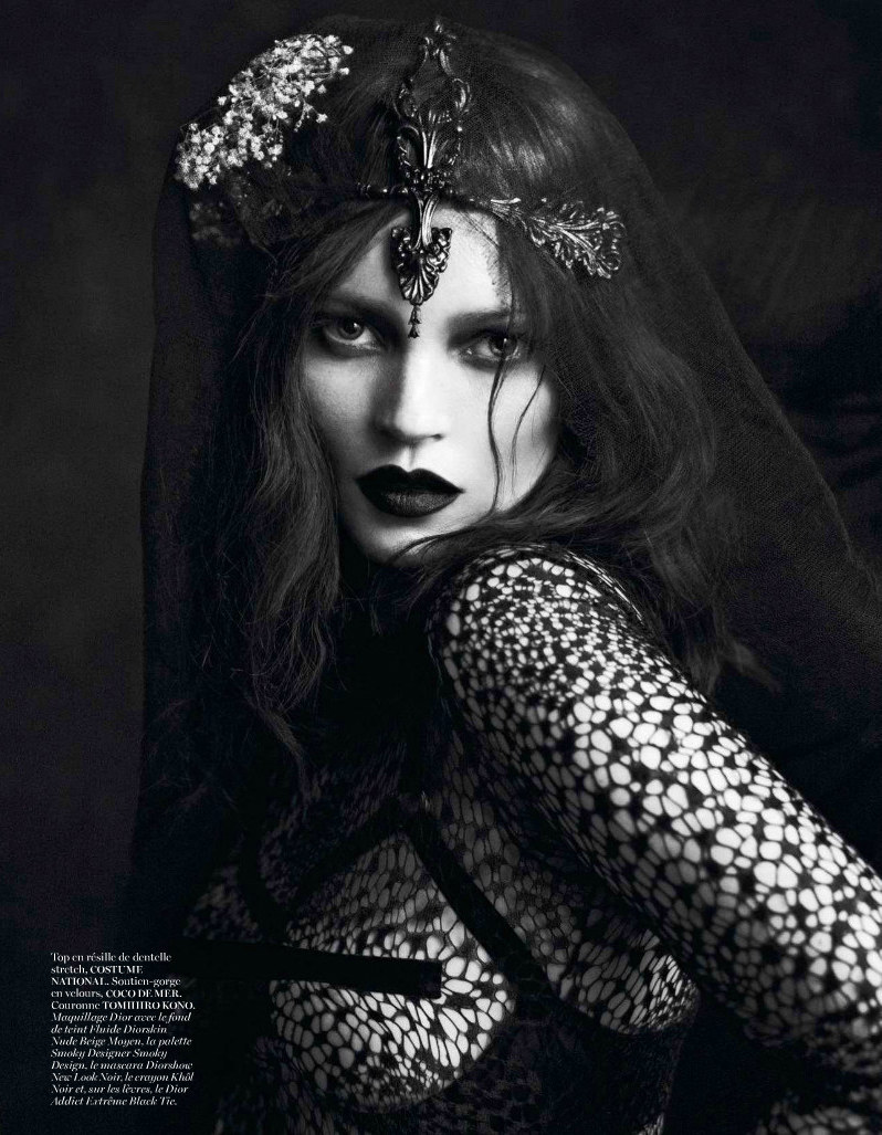 Kate Moss & Saskia De Brauw are Bewitching for Mert & Marcus in Vogue Paris September 2012