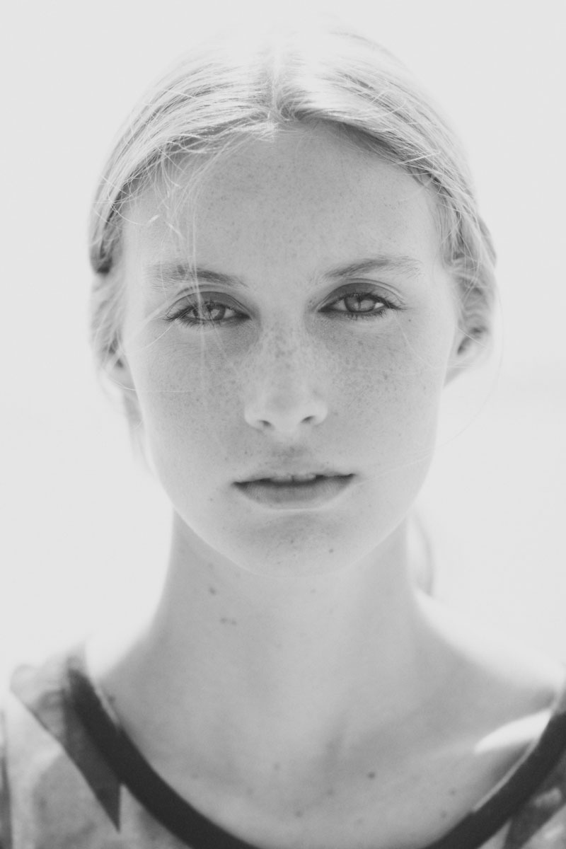 Fresh Face Dauphine Poses for Calope in Black & White