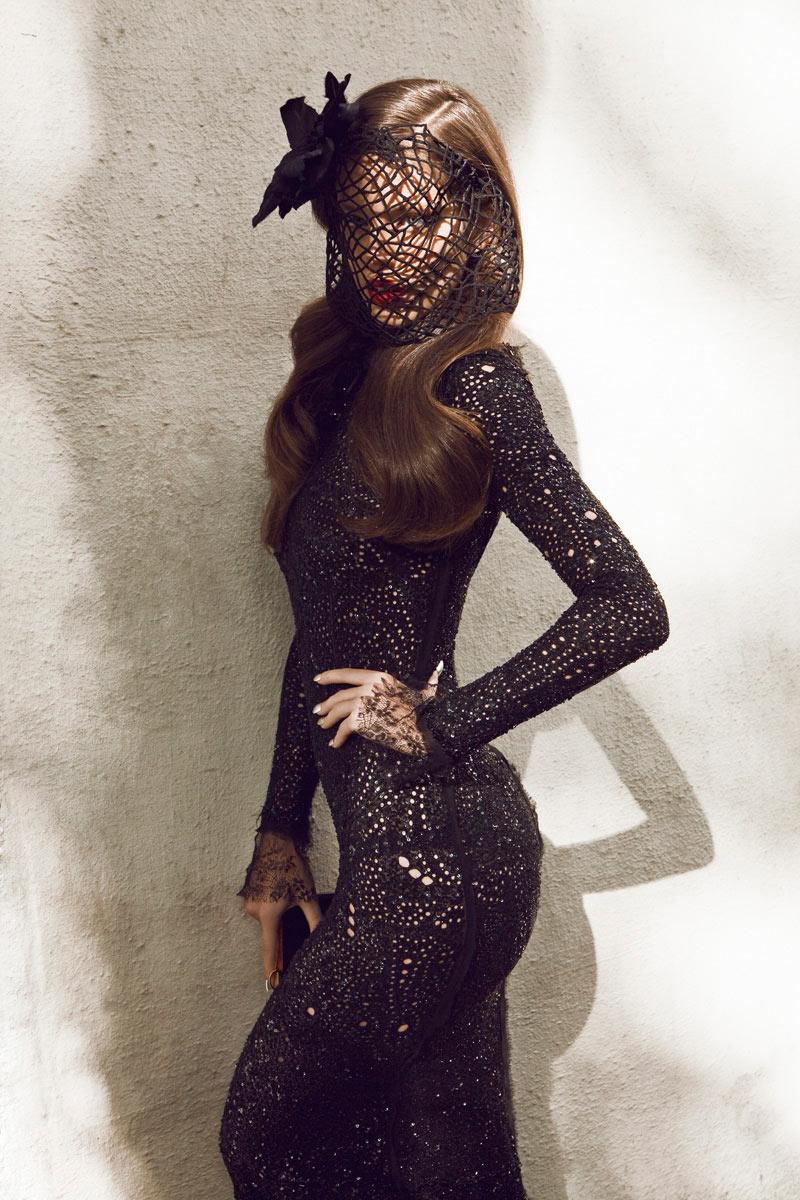 Emily DiDonato by Alexander Neumann for Vogue Mexico