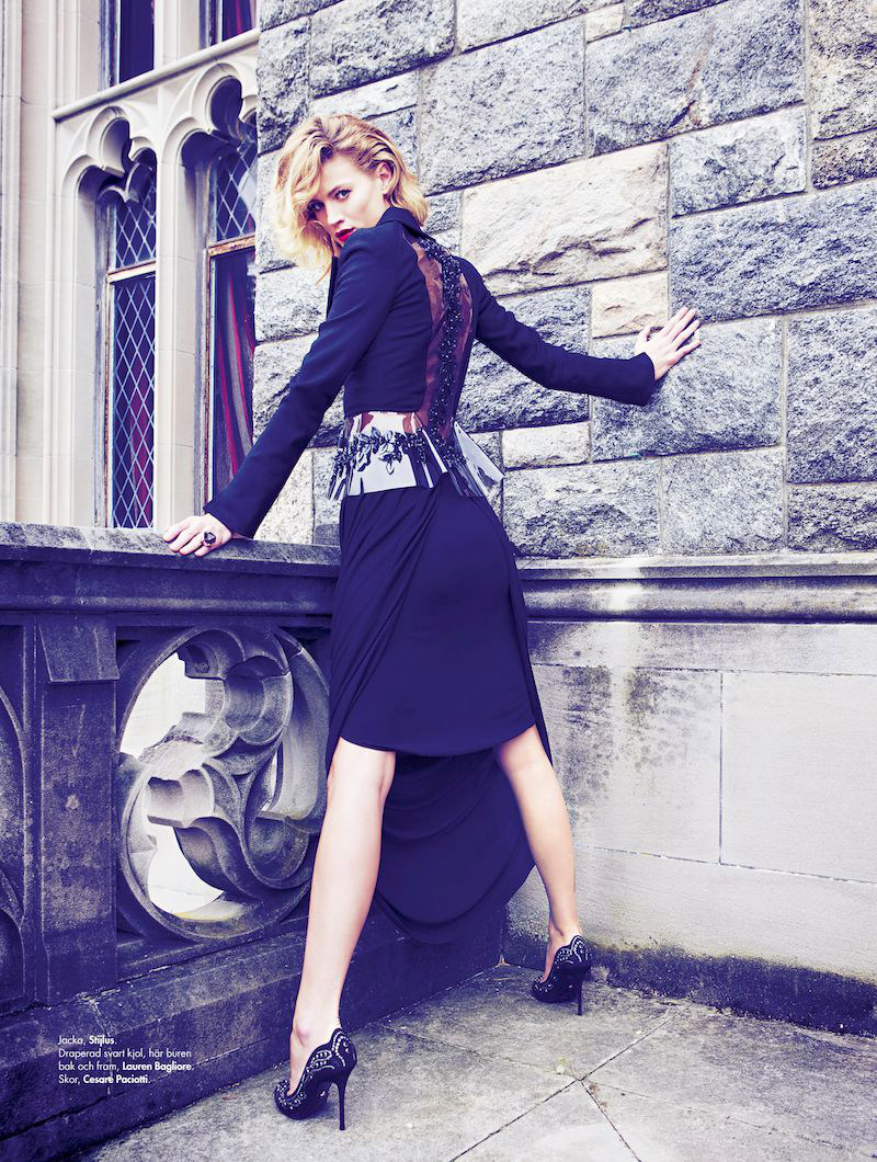 Michelle Buswell Stars in Plaza Kvinna's October 2012 Cover Story