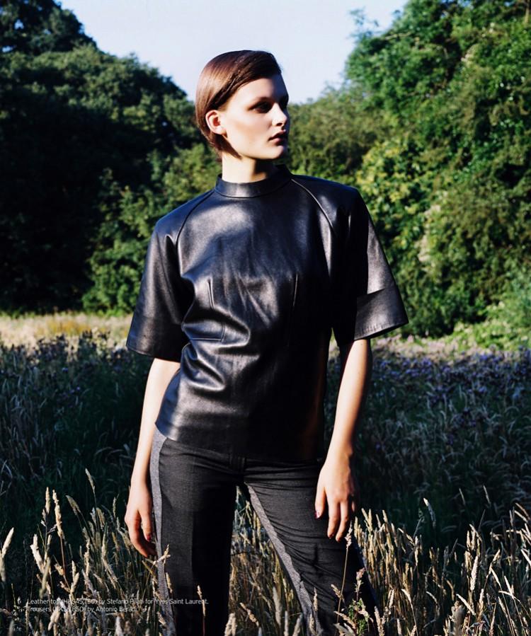 Nina Porter Keeps it Natural in Jeff Hahn's SCMP Style Magazine Shoot