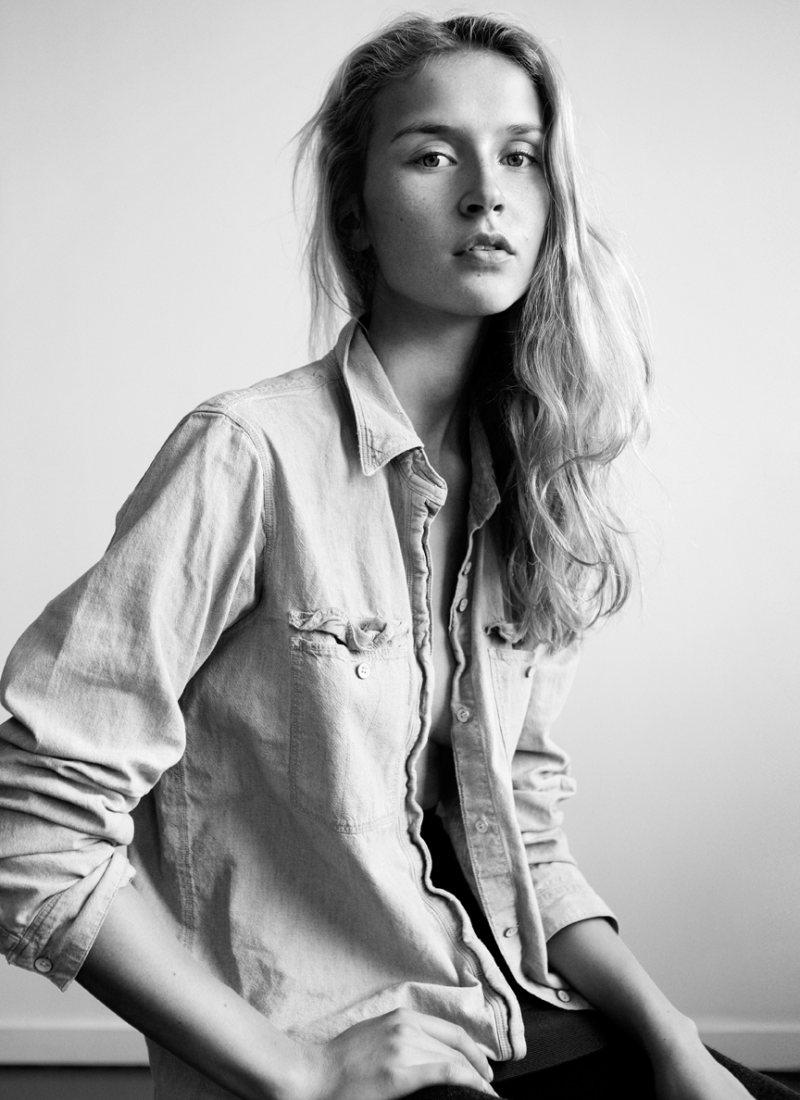 Portrait | Svieta Nemkova by Ross Shields