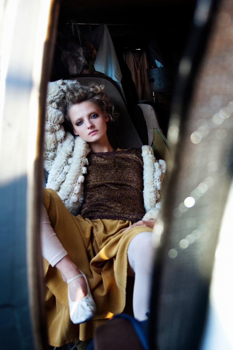 Amanda Norgaard by Joachim Johnson for Smug #5