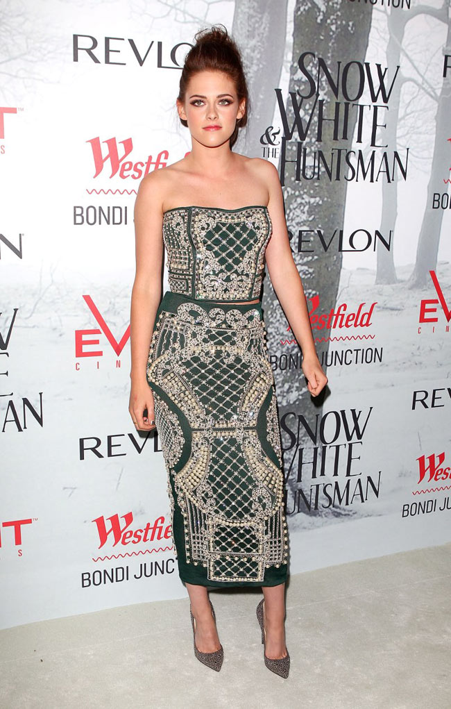 Kristen Stewart Wore Balmain to the 'Snow White and the Huntsman' Premiere