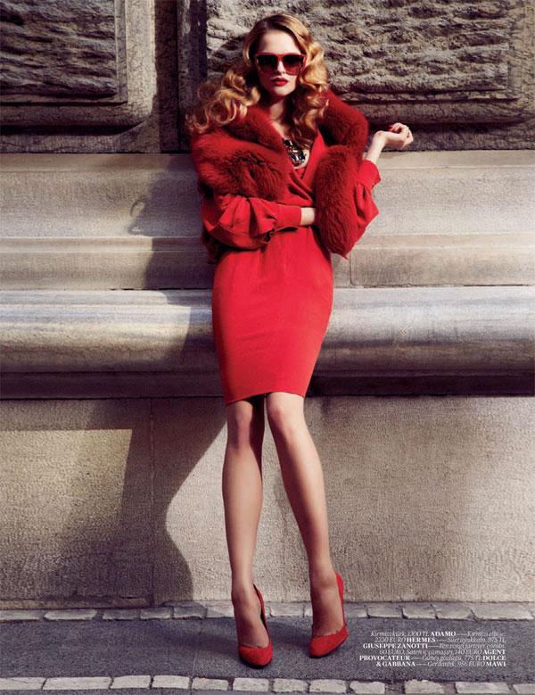 Anna Zakusylo for Vogue Turkey September 2010 by Emre Ünal