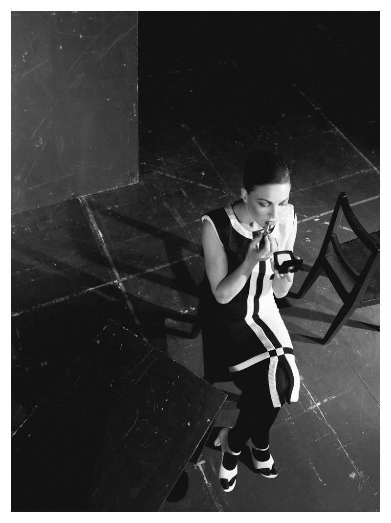 Hanna Herzsprung in Chanel by Axl Jansen for QVEST #47