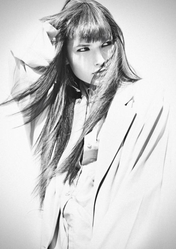 Portrait | Hannah by Toby Knott