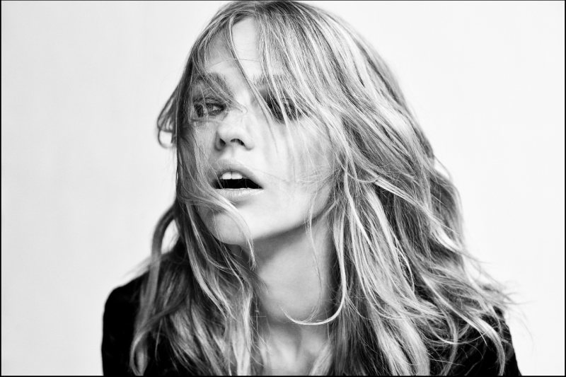 Sasha Pivovarova for Reserved - Behind the Scenes by Agata Pospieszynska