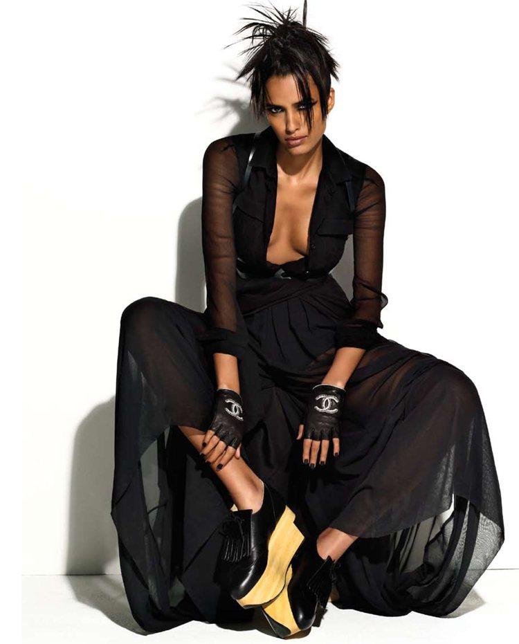 Lakshmi Menon by Matthias Vriens-McGrath for Elle UK December 2011