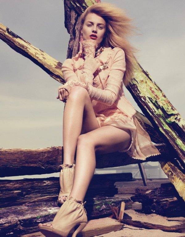 Anna Maria Jagodzinska by Lachlan Bailey for Vogue China June 2010