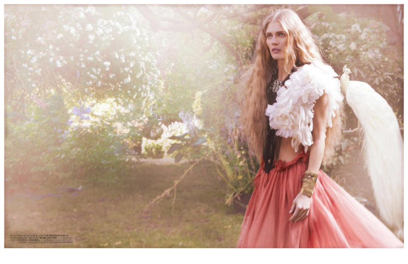 Malgosia Bela for Vogue Turkey April 2011 by Cuneyt Akeroglu