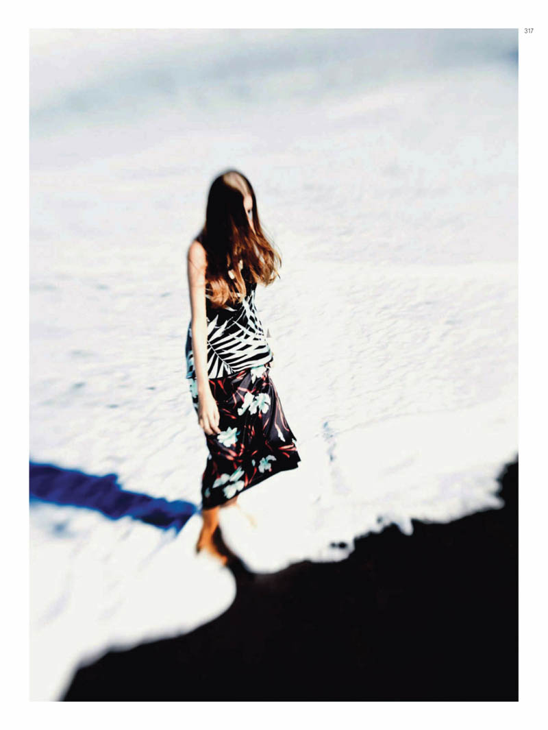 Regina Feoktistova by Serge Leblon for Harper's Bazaar Russia April 2011