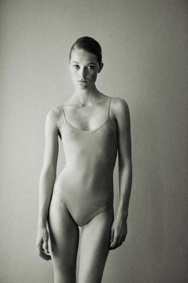 Fresh Face | Janneke Van Den Bosch by Pierre dal Corso